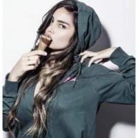 Gabriela 16